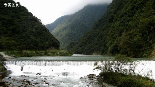 喇叭河位于四川省雅安市天全县境内