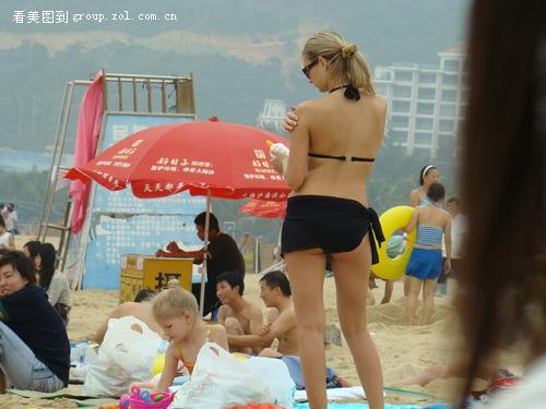 偷拍老外做爱_偷拍海滩外国美女(别错过啊)
