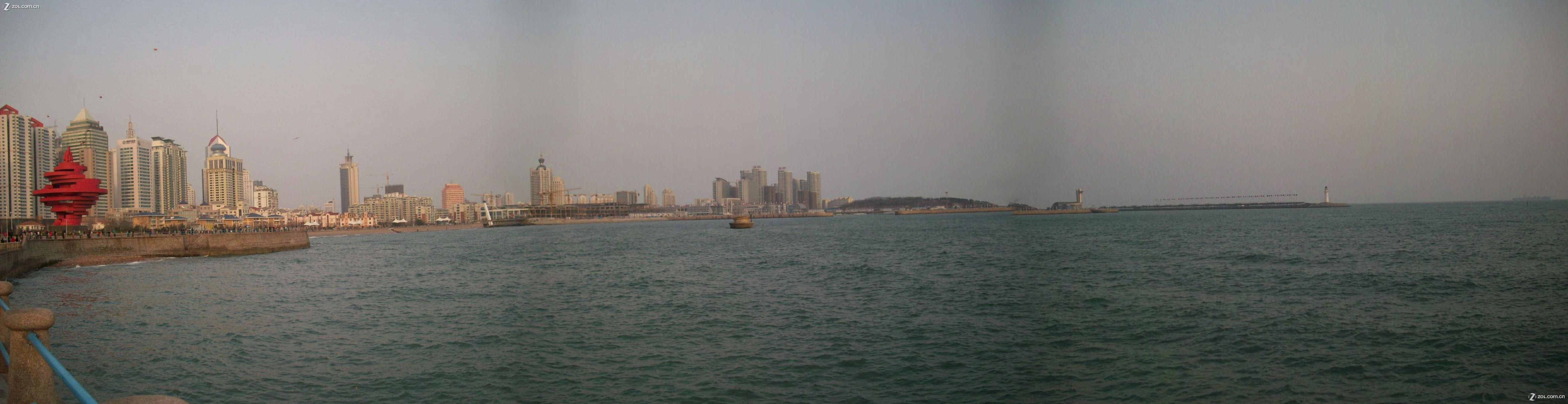 晒晒我照的青岛五四广场和奥帆赛场(用m853从左向右接图三幅)