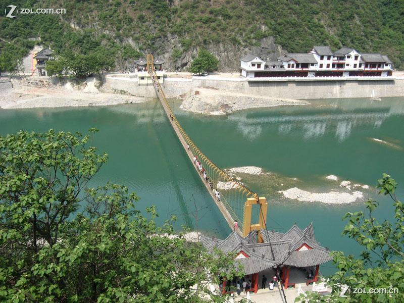 汉中石门水利风景区位于陕西省汉中市北18km的褒河谷