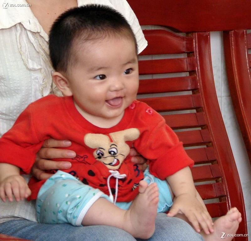 邻居家可爱的小婴儿!( 半岁)