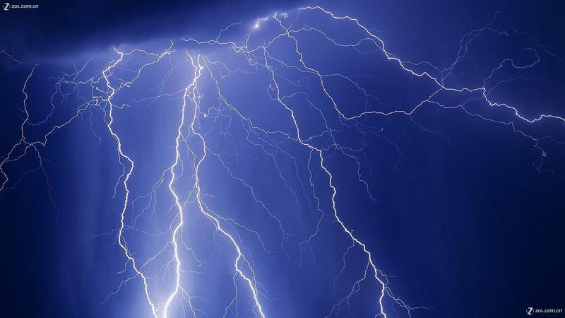 【纽曼曲线秀】自然界瞬间的美丽杰作----闪电图片