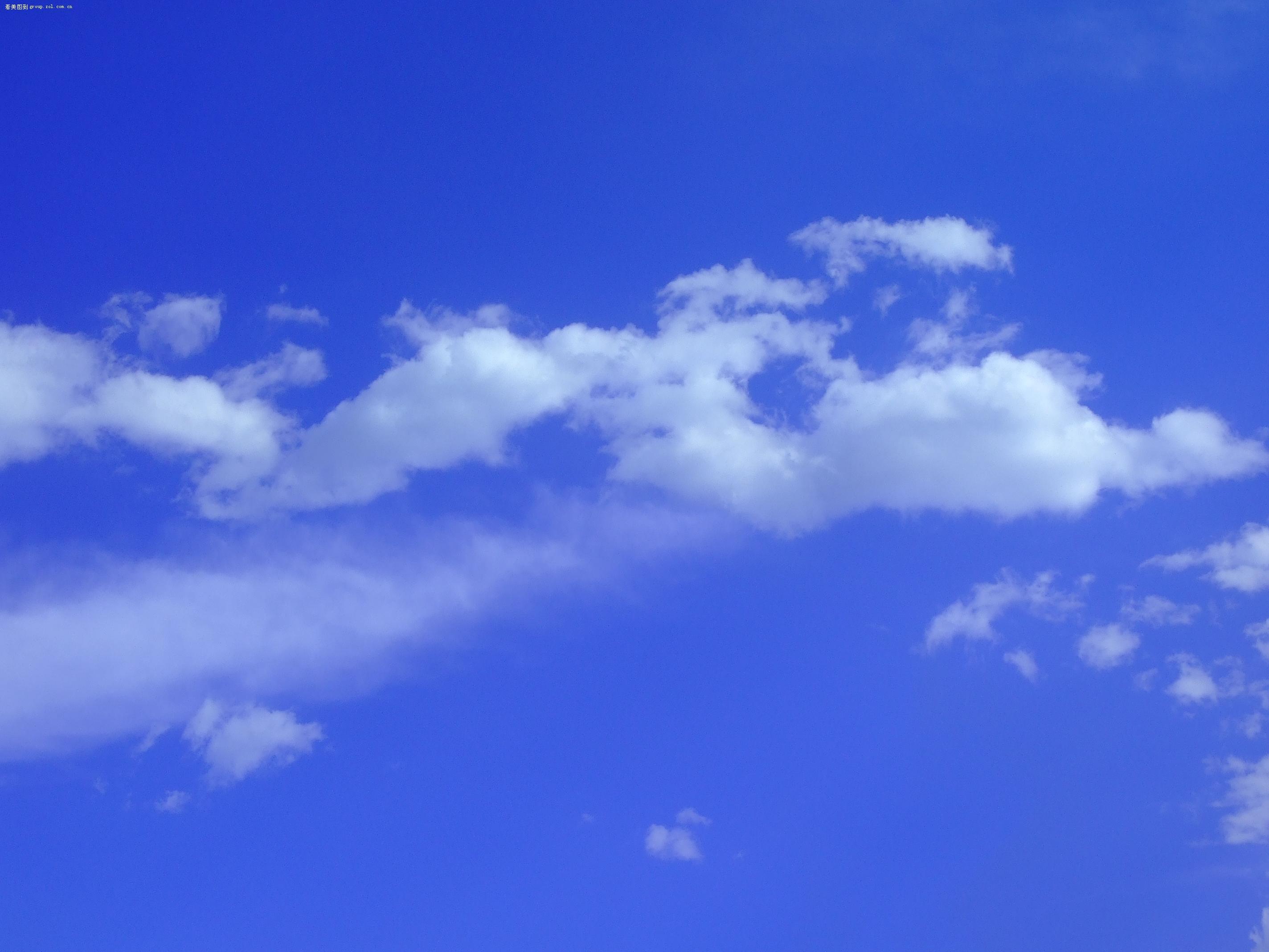 渐变蓝天空素材