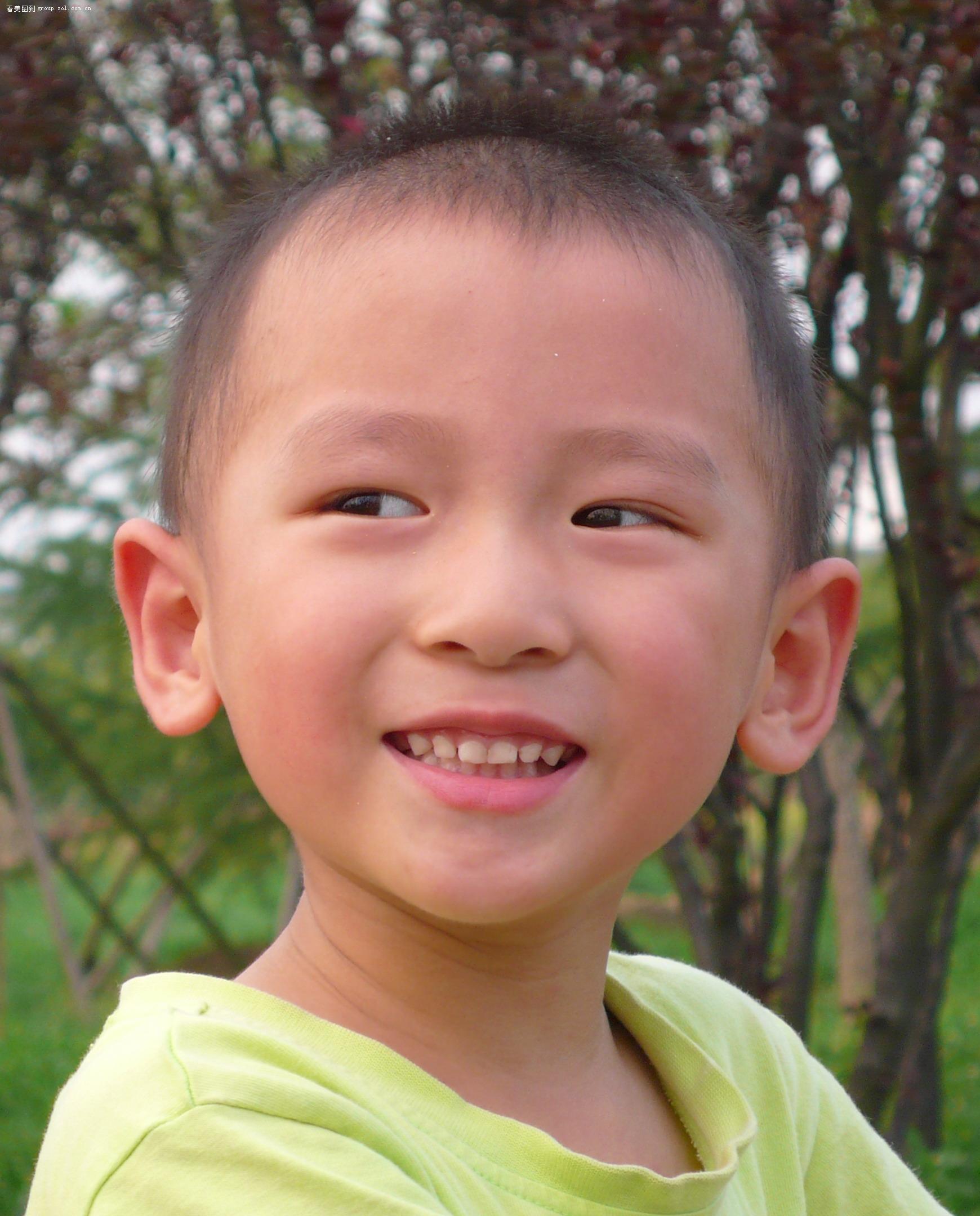 12:17:00  小孩子,肖像模式  相关热帖 ·国庆深圳会展中心车展模特