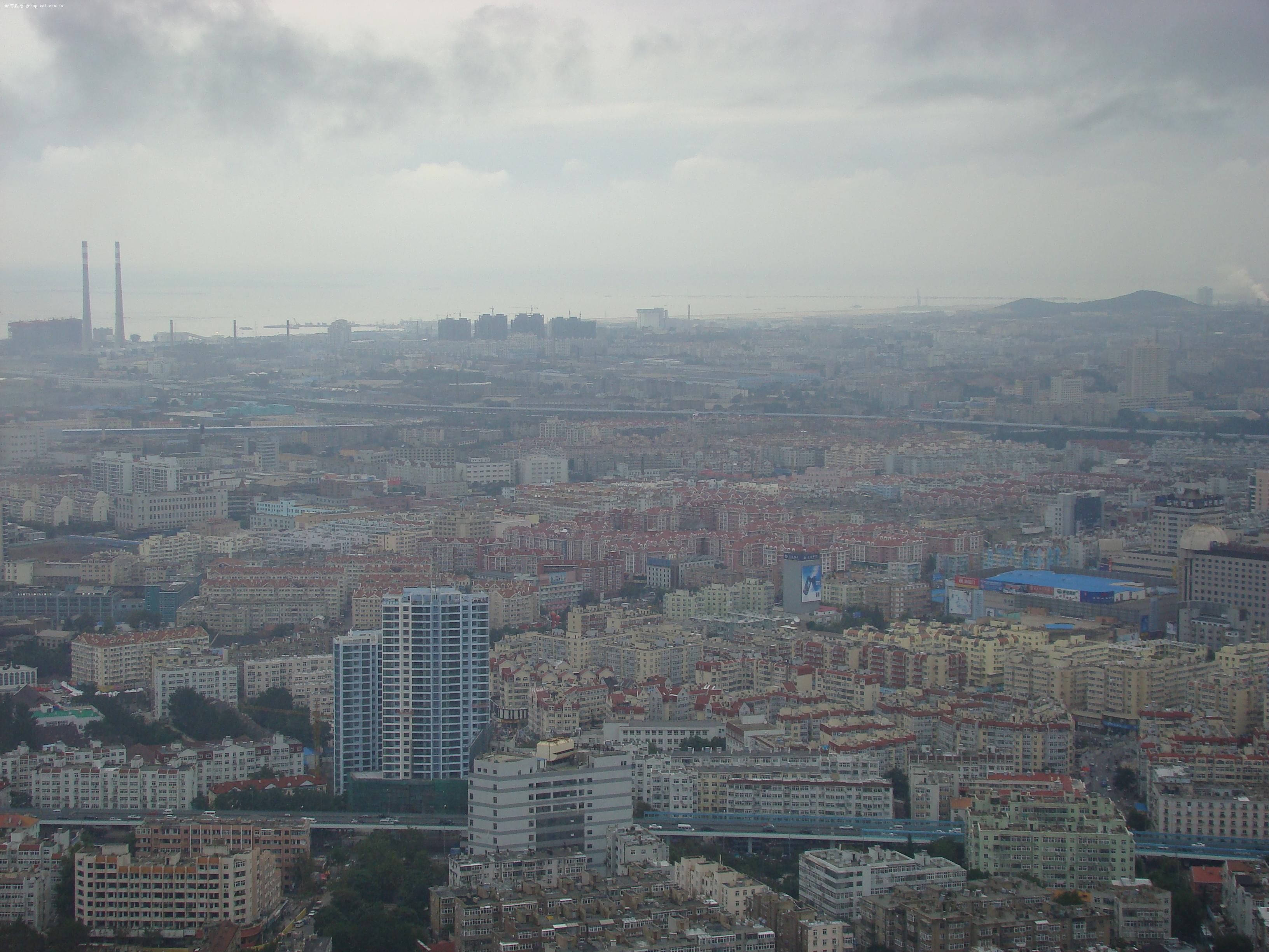电视塔上俯瞰青岛(此电视塔是青岛市