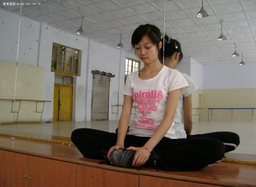 【偶遇四川的舞蹈女孩四川的确出美女】 人像摄影