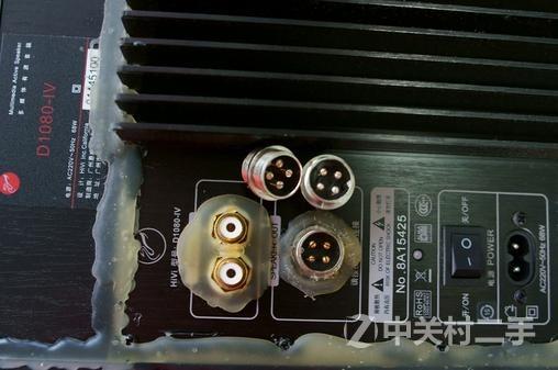 换了铜镀金四芯平衡线接线柱(30),音箱内部功放板间的连接线全部改了