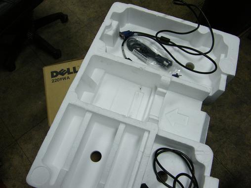 出售戴尔2209wa显示器和cpu.