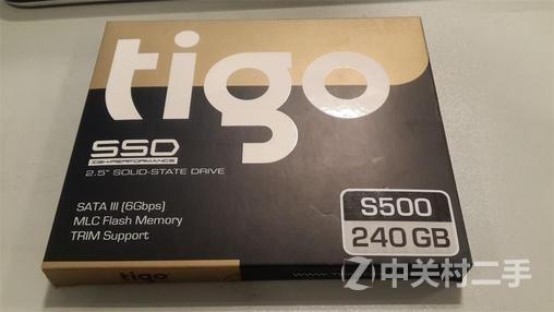 全新未上机 金泰克240G 固态硬盘 620包顺丰